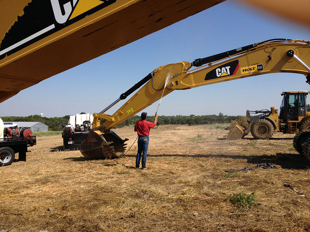 Construction Heavy Equipment Cleaning / Power Washing Dallas ...